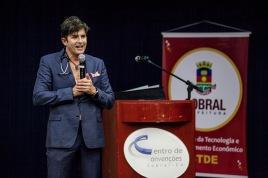 "Dr. Robert Rey - ""Dr. Hollywood/Dr. 90210"" Plastic Surgeon"